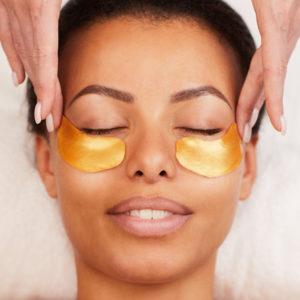 Soin des yeux complément soin visage